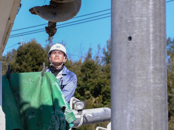 電柱工事2